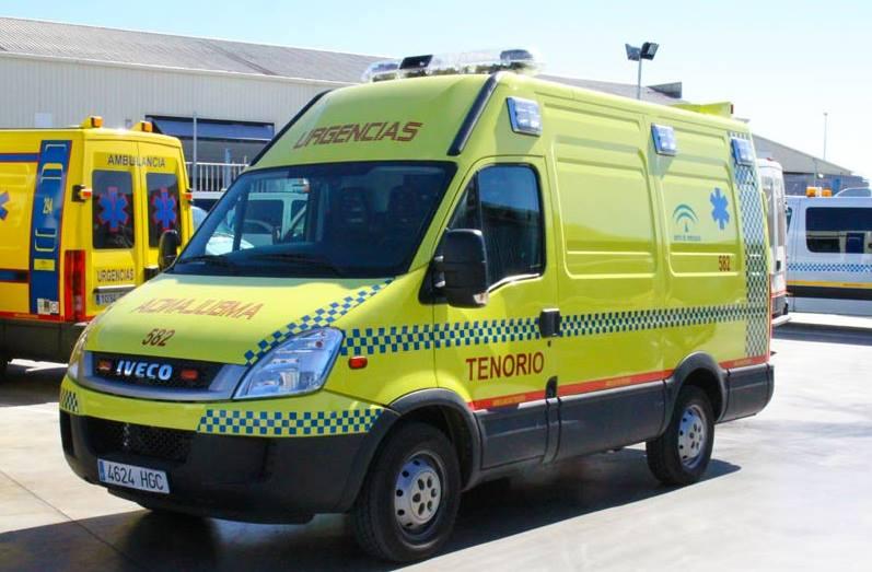 https://ambulanciastenorio.com/wp-content/uploads/2015/08/como-actuar-mientras-viene-ambulancia.jpg