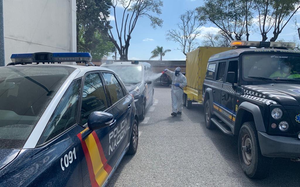 https://ambulanciastenorio.com/wp-content/uploads/2020/04/limpieza-y-desinfecta-instalaciones-y-calles-con-riesgo-coronavirus-1024x640.jpg